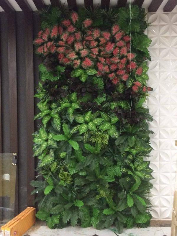 tường cây giả trang trí ban công